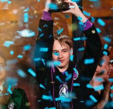 Россиянин занял первое место на чемпионате мира по Hearthstone