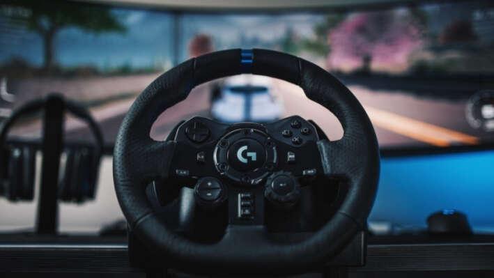 Новинка – гоночный руль от Logitech с откликом TrueForce модель G923